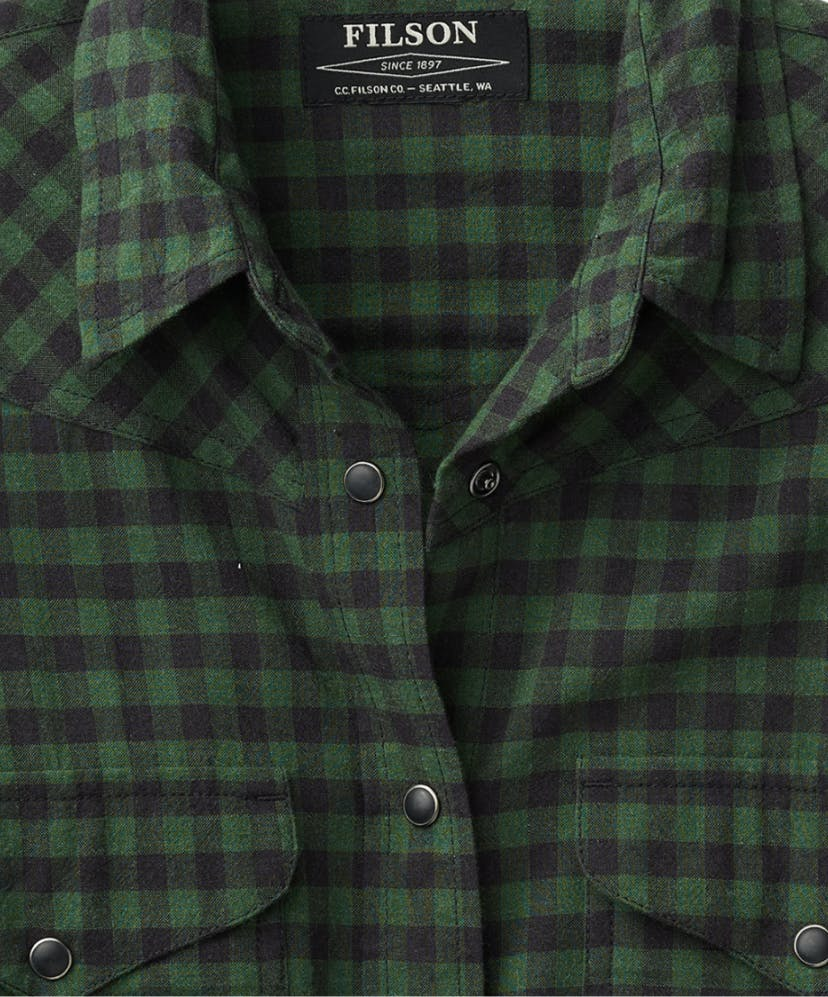 filson womens shirts?auto=format,compress